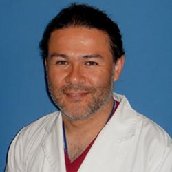 Dr.-Leonardo-Quezada