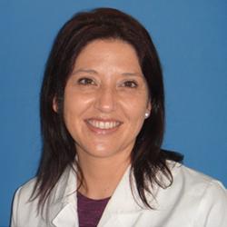 Dra.-Paola-Farías